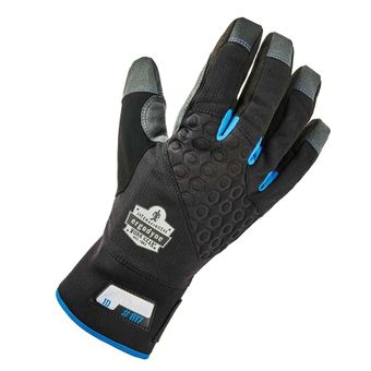 Insulated Winter Gloves in Action - Ergodyne Thermal Utility 817